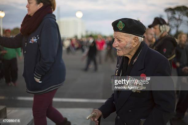 Hundreds of war veterans and their families gather at the War Memorial for the 100th anniversary of the ANZAC landing at Gallipoli Turkey in World...