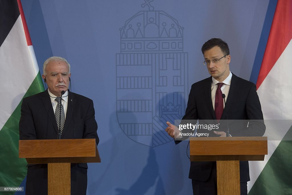 Hungarian Foreign Minister Peter Szijjarto (R) and Palestinian Foreign Minister Riyad al-Maliki (L) hold a joint press conference after their meeting in Budapest, Hungary on May 02, 2016.