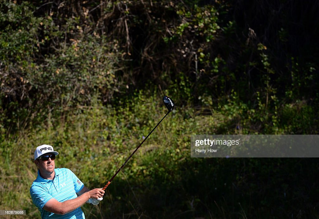 <a gi-track='captionPersonalityLinkClicked' href=/galleries/search?phrase=Hunter+Mahan&family=editorial&specificpeople=885292 ng-click='$event.stopPropagation()'>Hunter Mahan</a> hits a tee shot on the 13th hole during the final round of the Northern Trust Open at the Riviera Country Club on February 17, 2013 in Pacific Palisades, California.
