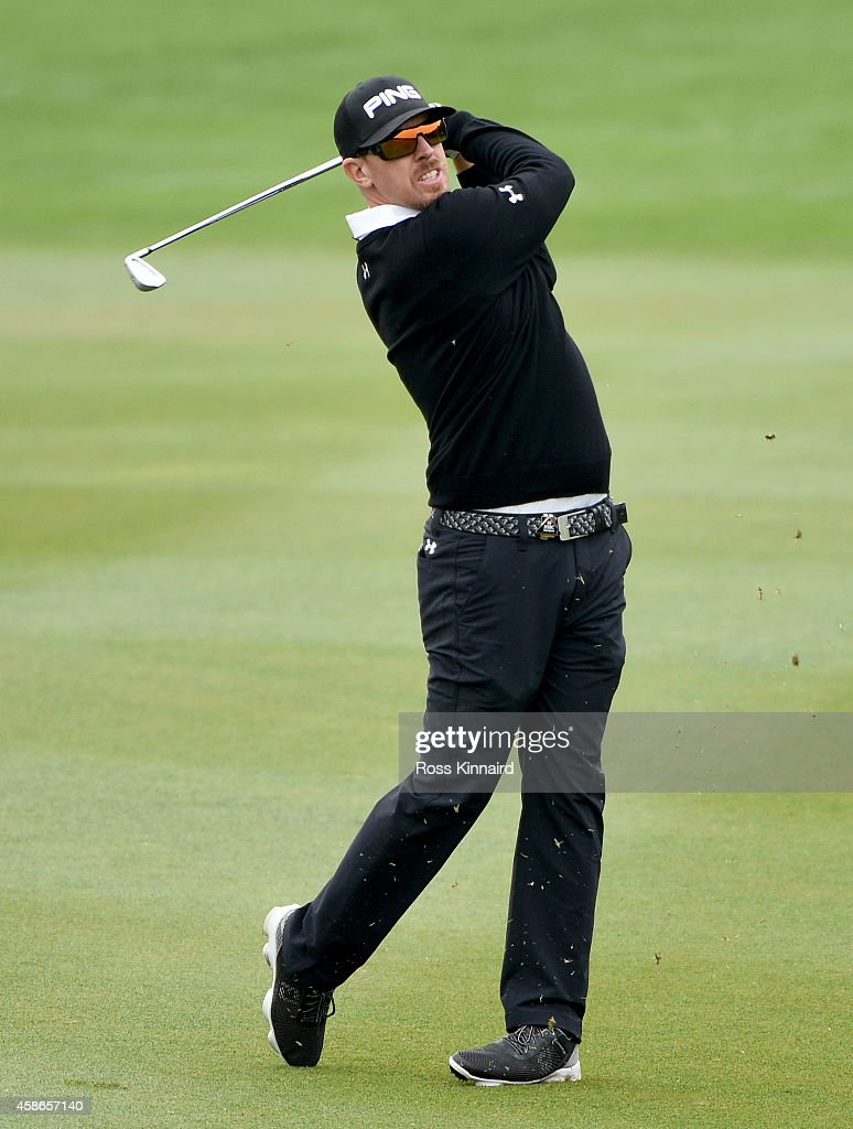 <a gi-track='captionPersonalityLinkClicked' href=/galleries/search?phrase=Hunter+Mahan&family=editorial&specificpeople=885292 ng-click='$event.stopPropagation()'>Hunter Mahan</a> of the USA in action during the final round of the WGC - HSBC Champions at the Sheshan International Golf Club on November 9, 2014 in Shanghai, China.