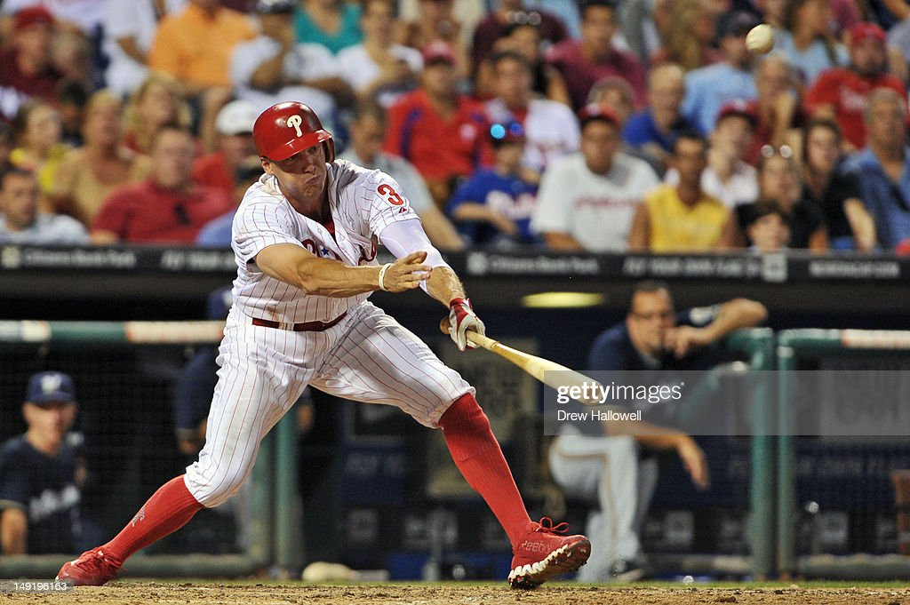 <a gi-track='captionPersonalityLinkClicked' href=/galleries/search?phrase=Hunter+Pence&family=editorial&specificpeople=757341 ng-click='$event.stopPropagation()'>Hunter Pence</a> #3 of the Philadelphia Phillies hits the game winning RBI to put the Phillies up 7-6 over the Milwaukee Brewers at Citizens Bank Park on July 24, 2012 in Philadelphia, Pennsylvania.