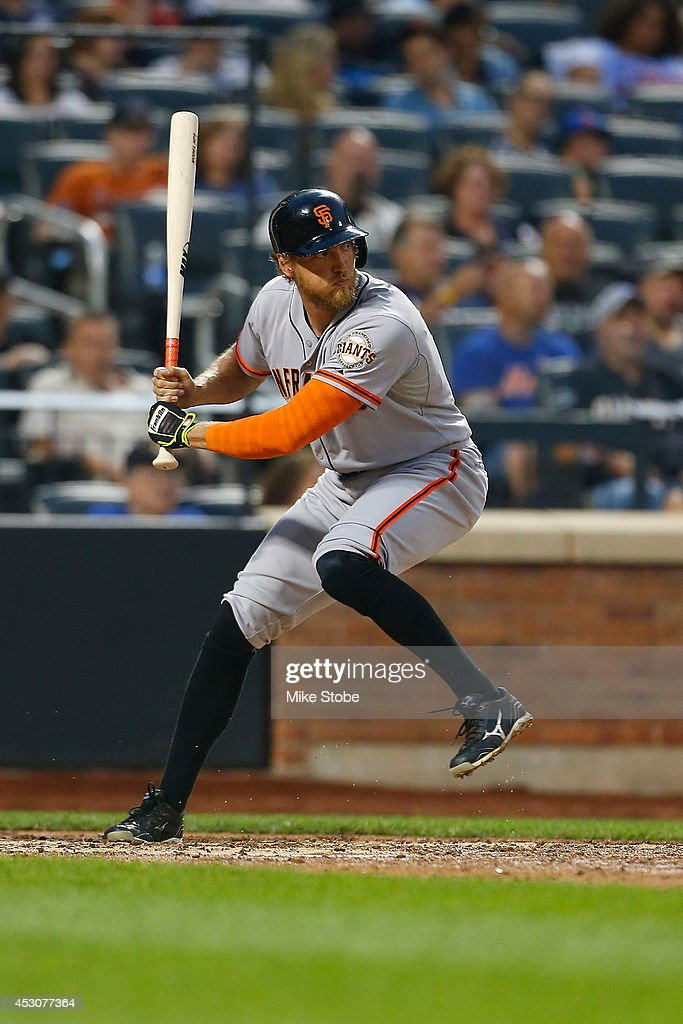 <a gi-track='captionPersonalityLinkClicked' href=/galleries/search?phrase=Hunter+Pence&family=editorial&specificpeople=757341 ng-click='$event.stopPropagation()'>Hunter Pence</a> #8 of the San Francisco Giants in action against the New York Mets at Citi Field on August 1, 2014 in the Flushing neighborhood of the Queens borough of New York City. Giants defeated the Mets 5-1.