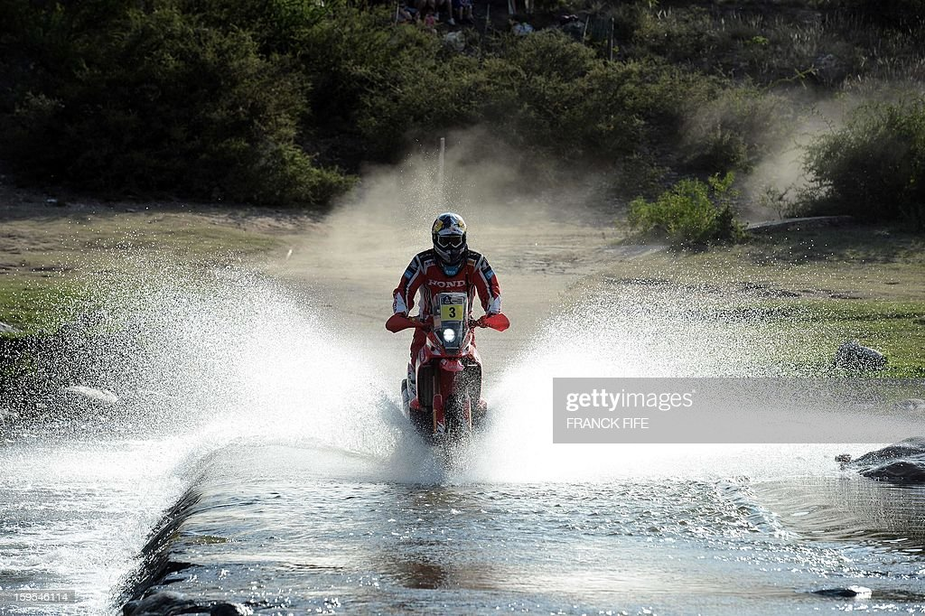 Husqvarna's biker Helder Rodrigues of Portugal competes during the Stage 10 of the Dakar 2013 between Cordoba and La Rioja, Argentina, on January 15, 2013. The rally takes place in Peru, Argentina and Chile between January 5 and 20.