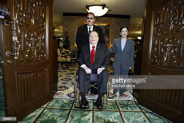 Hustler Magazine Publisher Larry Flynt arrives for a press conference to announce his intention to run for governor of California 04 August 2003 at...