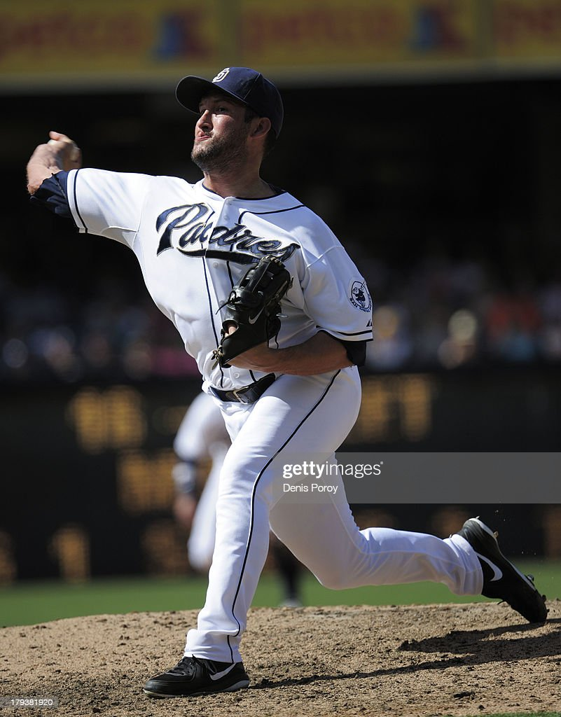 <a gi-track='captionPersonalityLinkClicked' href=/galleries/search?phrase=Huston+Street&family=editorial&specificpeople=212959 ng-click='$event.stopPropagation()'>Huston Street</a> #16 of the San Diego Padres pitches during the first inning of a baseball game against the San Francisco Giants at Petco Park on September 2, 2013 in San Diego, California.