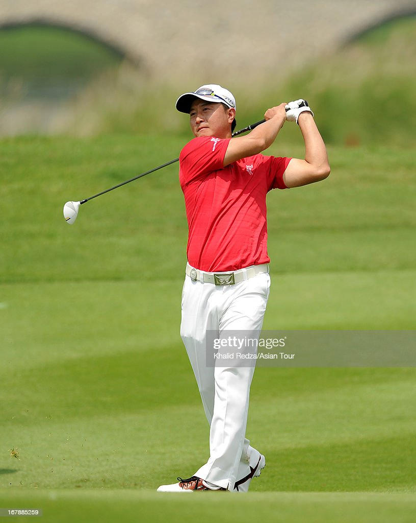 Hwang Inn-choon of Korea in action during round one of the Indonesian Masters at Royale Jakarta Golf Club on May 2, 2013 in Jakarta, Indonesia.