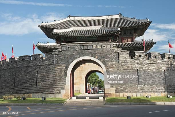 華城、Paldalmun ゲート、水原、韓国