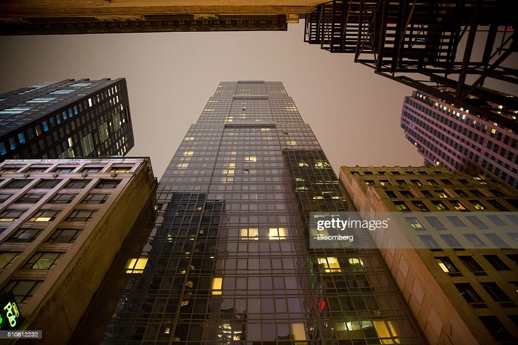 Hyatt Hotels Corp S Times Square Stands At 135 West 45th Street In