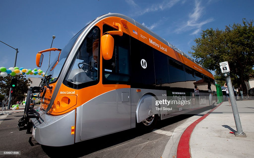 A hybrid gas/electric powered bus The bus is powered by an electric motor A gas motor supplies the electric motor with electricity This bus is owned...