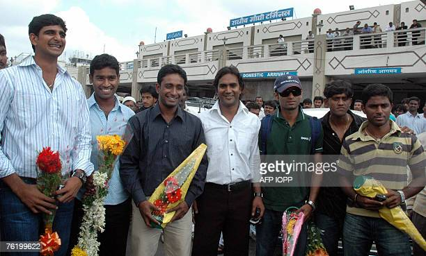 Hyderabad Ranji Trophy cricket players Kaushik Reddy Alfred Absolom Ambati Rayudu Vinay Kumar Ibrahim Khalil I S Reddy and Shashank Nag who joined...