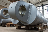Manufacture of giant Hydraulic Cilinders. Heavy Industry.