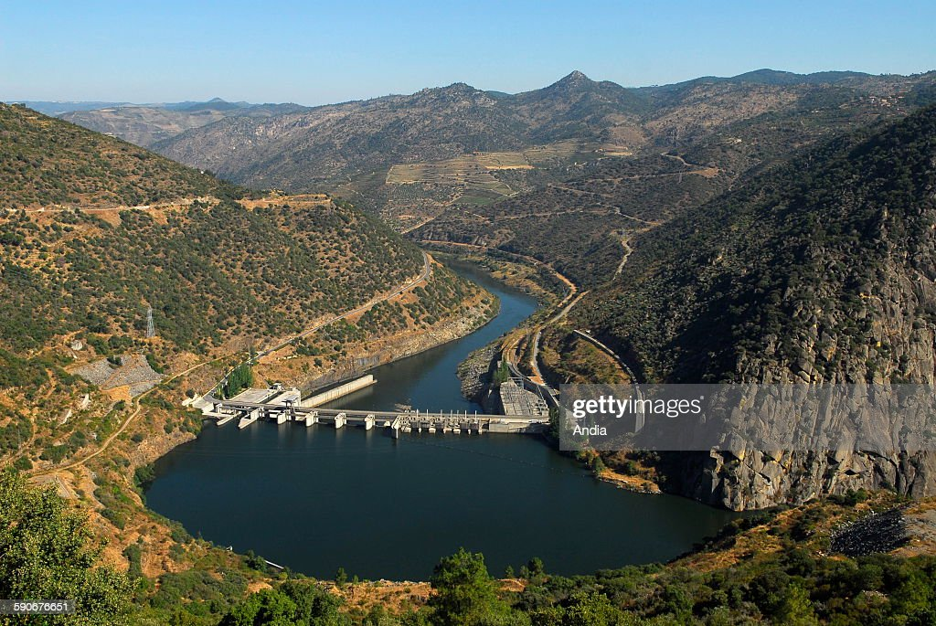 Hydroelectric dam of Valeira in the Douro Valley west of Vila Nova de Foz Coa in Northern Portugal The Upper Douro Valley is listed UNESCO World...