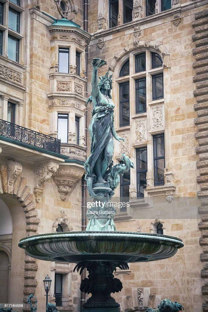 Hygieia fountain (the goddess of health in Greek mythology) in the courtyard of Hamburg Rathaus : Stock Photo