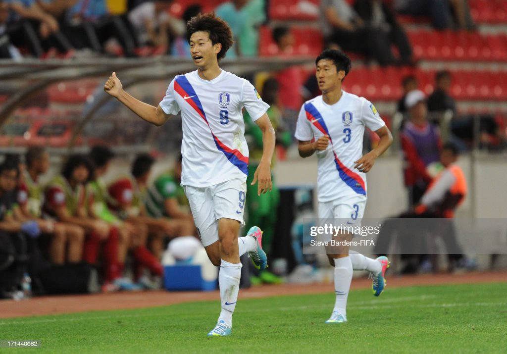 Hyun Kim of Korea Republic celebrates after scoring his team's second goal to equalise during the FIFA U20 World Cup Group B match between Portugal...