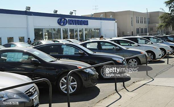 Hyundai cars at a Hyundai dealership in Los Angeles on September 27 2010 South Korea's top automaker Hyundai Motor is recalling nearly 140000 of its...