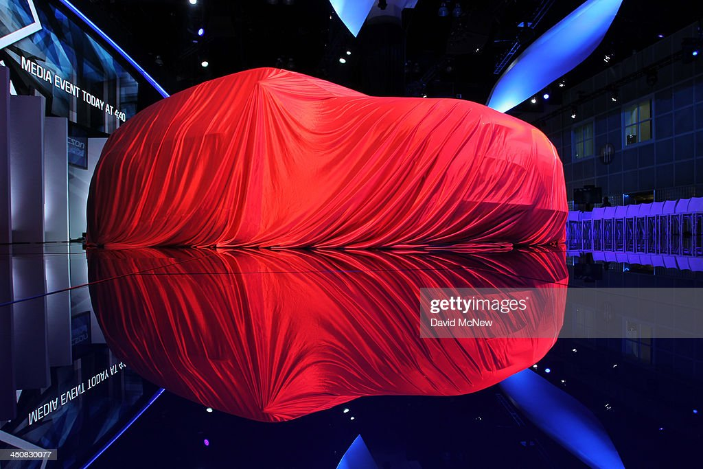 A Hyundai remains covered prior to its unveiling during media preview days at the 2013 Los Angeles Auto Show on November 20, 2013 in Los Angeles, California. The LA Auto Show was founded in 1907 and is one of the largest with more than 20 world debuts expected. The show will be open to the public November 22 through December 1.