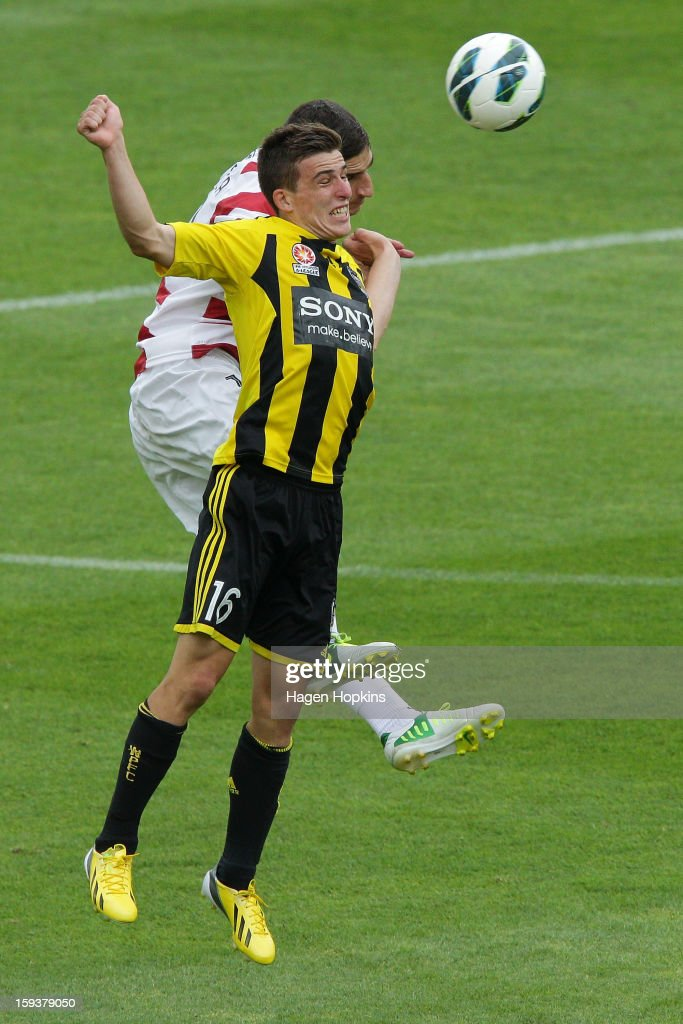 Iacopo La Rocca of the Wanderers and Louis Fenton of the Phoenix challenge for a header during the round 16 A-League match between the Wellington Phoenix and the Western Sydney Wanderers at Westpac Stadium on January 13, 2013 in Wellington, New Zealand.