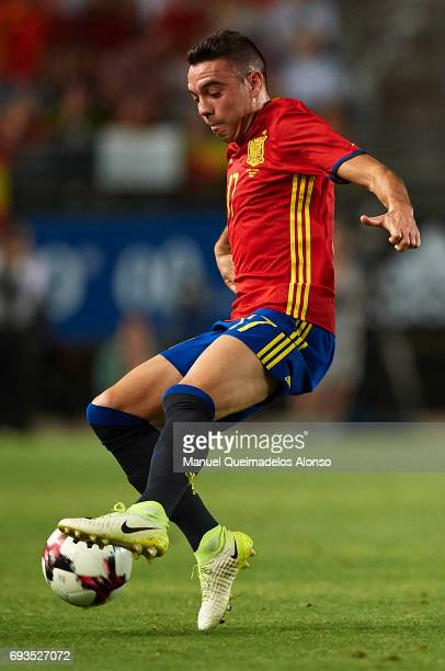 Iago Aspas of Spain controls the ball during the international friendly match between Spain and Colombia at Nueva Condomina Stadium on June 7 2017 in...