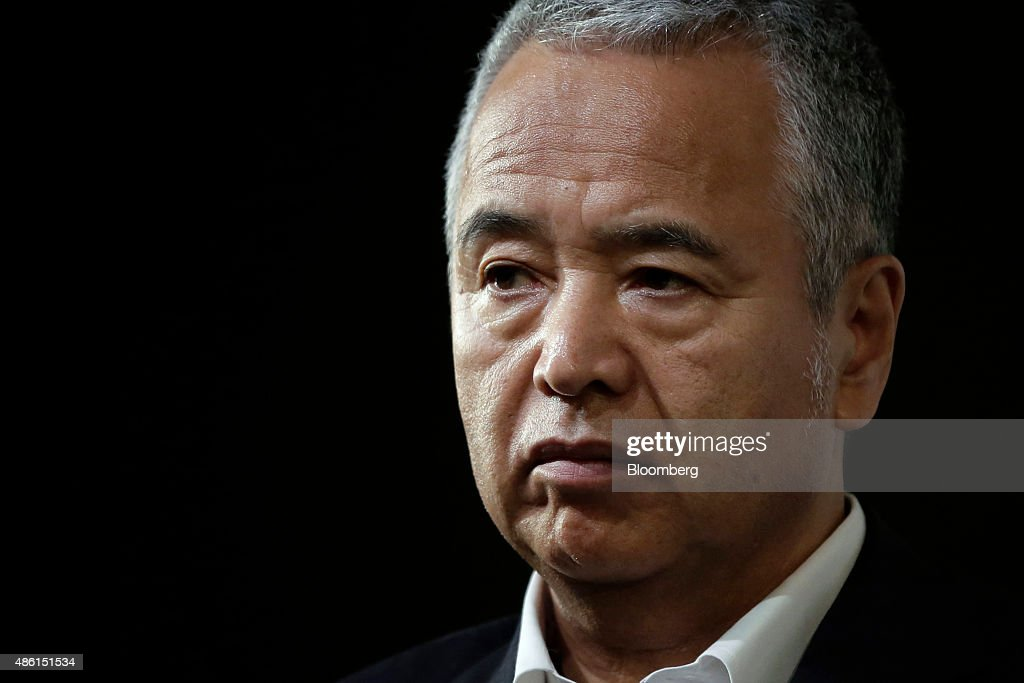 i<a gi-track='captionPersonalityLinkClicked' href=/galleries/search?phrase=Akira+Amari&family=editorial&specificpeople=3868034 ng-click='$event.stopPropagation()'>Akira Amari</a>, Japan's economy minister, pauses during a seminar hosted by Bloomberg L.P. in Tokyo, Japan, on Tuesday, Aug. 31, 2015. Japan's government is seeking sustainable economic growth through utilization of foreign human resources and boosting productivity, Amari said. Photographer: Kiyoshi Ota/Bloomberg via Getty Images