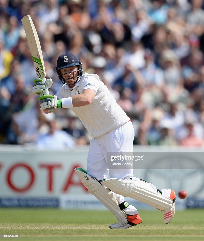 <a gi-track='captionPersonalityLinkClicked' href=/galleries/search?phrase=Ian+Bell&family=editorial&specificpeople=206128 ng-click='$event.stopPropagation()'>Ian Bell</a> of England bats during day three of the 3rd Investec Ashes Test match between England and Australia at Edgbaston on July 31, 2015 in Birmingham, United Kingdom.