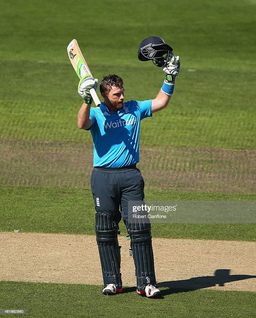 <a gi-track='captionPersonalityLinkClicked' href=/galleries/search?phrase=Ian+Bell&family=editorial&specificpeople=206128 ng-click='$event.stopPropagation()'>Ian Bell</a> of England celebrates after reaching his century during the One Day International Tri Series match between Australia and England at Blundstone Arena on January 23, 2015 in Hobart, Australia.