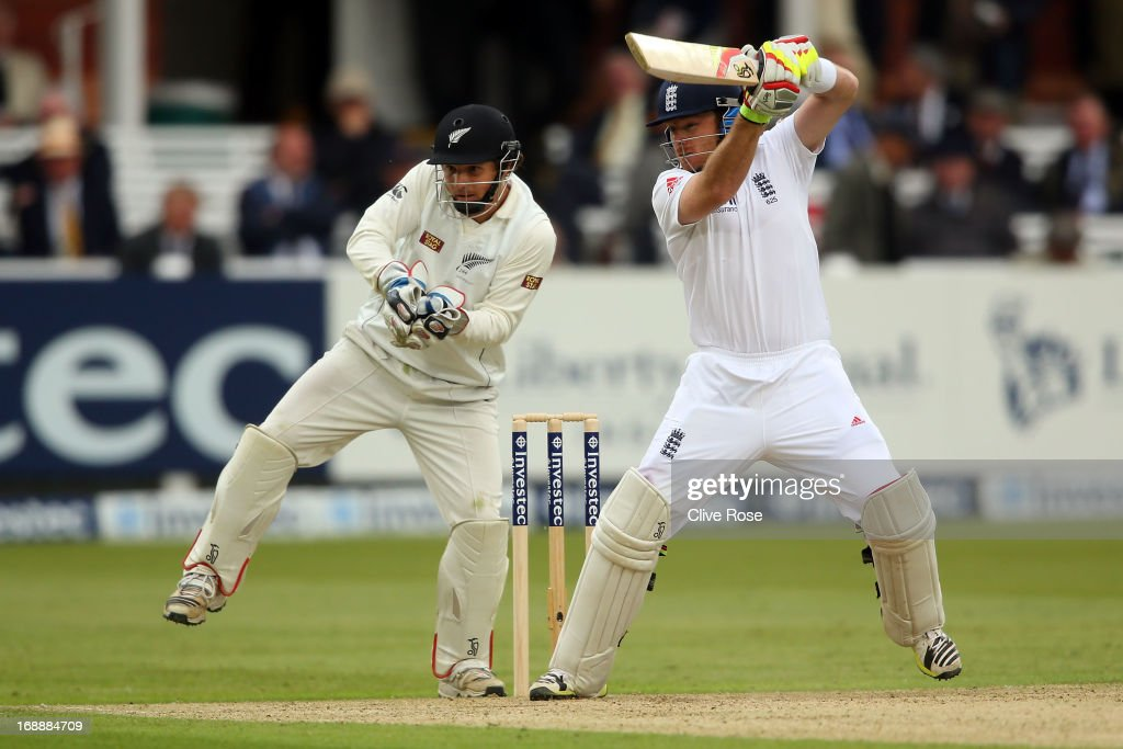 <a gi-track='captionPersonalityLinkClicked' href=/galleries/search?phrase=Ian+Bell&family=editorial&specificpeople=206128 ng-click='$event.stopPropagation()'>Ian Bell</a> of England in action during day one of 1st Investec Test match between England and New Zealand at Lord's Cricket Ground on May 16, 2013 in London, England.