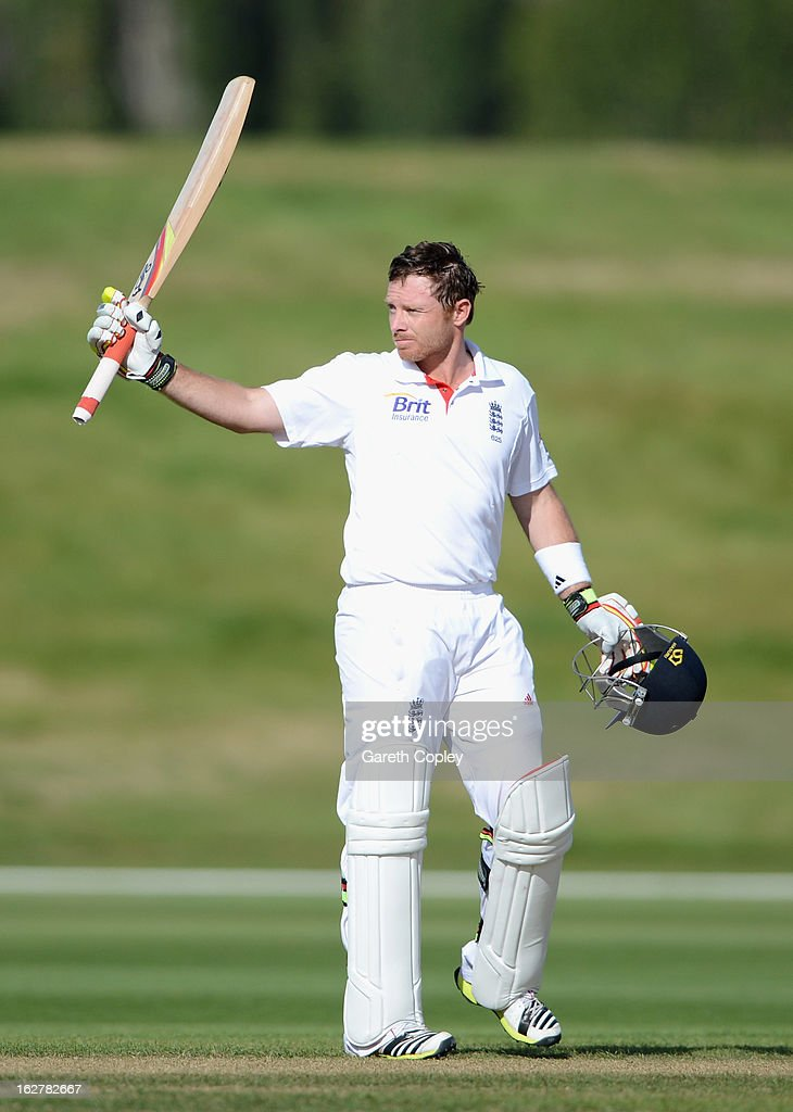 <a gi-track='captionPersonalityLinkClicked' href=/galleries/search?phrase=Ian+Bell&family=editorial&specificpeople=206128 ng-click='$event.stopPropagation()'>Ian Bell</a> of England salutes the crowd after reaching his century during the International tour match between New Zealand XI and England at Queenstown Events Centre on February 27, 2013 in Queenstown, New Zealand.
