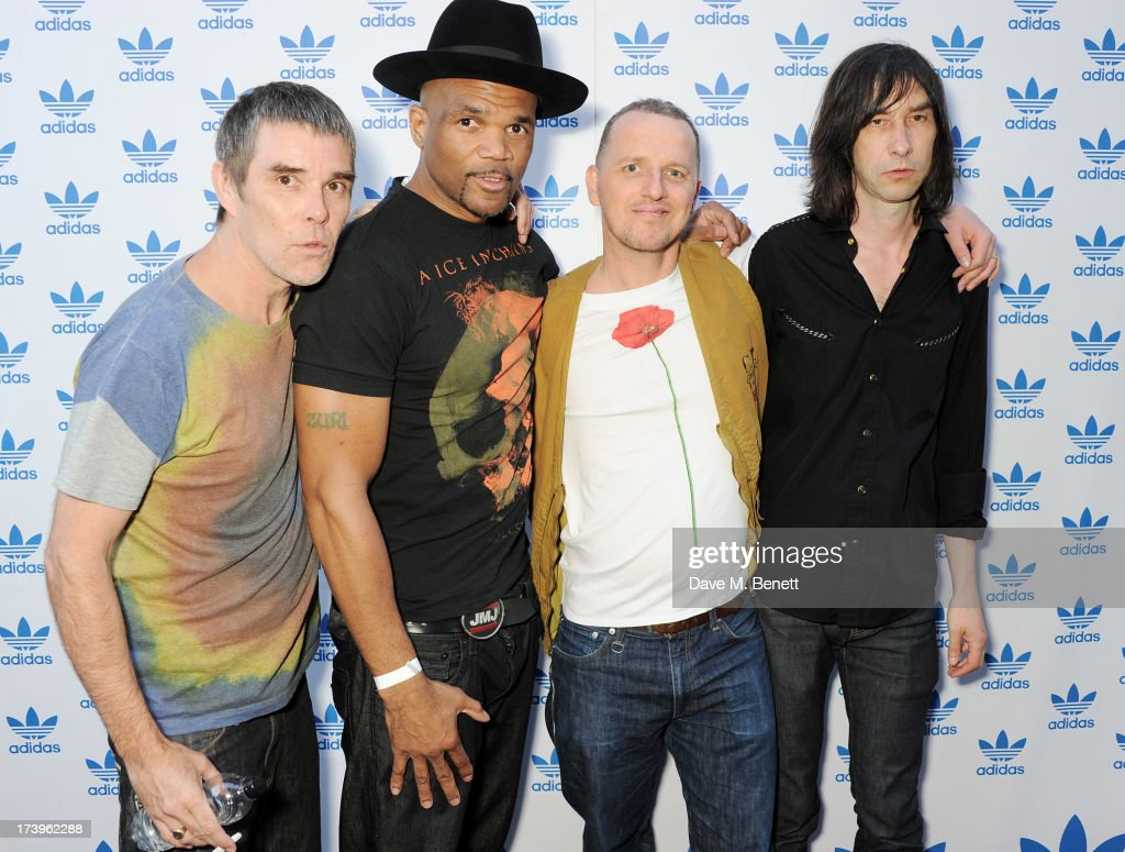 <a gi-track='captionPersonalityLinkClicked' href=/galleries/search?phrase=Ian+Brown&family=editorial&specificpeople=210705 ng-click='$event.stopPropagation()'>Ian Brown</a>, Darryl 'DMC' McDaniels, Gary Aspden and <a gi-track='captionPersonalityLinkClicked' href=/galleries/search?phrase=Bobby+Gillespie&family=editorial&specificpeople=572876 ng-click='$event.stopPropagation()'>Bobby Gillespie</a> attend the launch of the adidas #Spezial exhibtion, showcasing 600 pairs of adidas trainers, at Hoxton Gallery on July 18, 2013 in London, England.