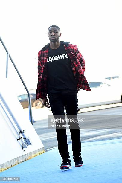 Ian Clark of the Golden State Warriors arrives at the arena before the game against the Cleveland Cavaliers on January 16 2017 at ORACLE Arena in...