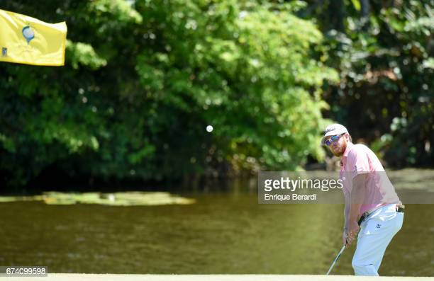 Ian Davis of the United States chips onto the seventh green during the third round of the PGA TOUR Latinoamérica Honduras Open presented by Indura...