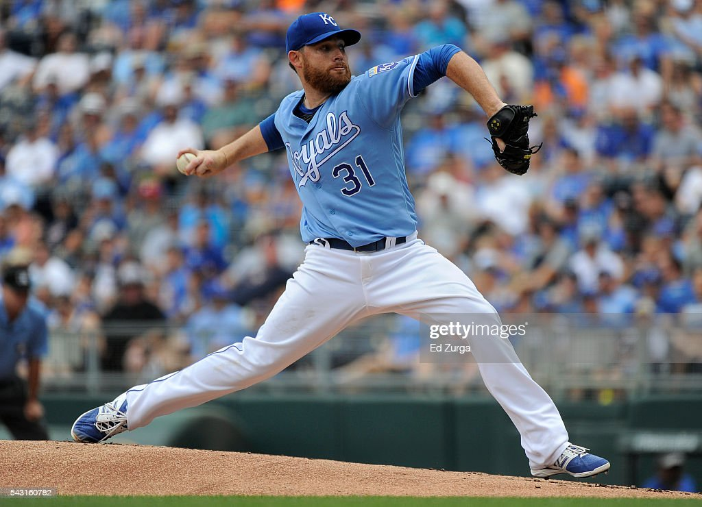 Ian Kennedy #31 of the Kansas City Royals throws in the first inning against the Houston Astros at Kauffman Stadium on June 26, 2016 in Kansas City, Missouri.
