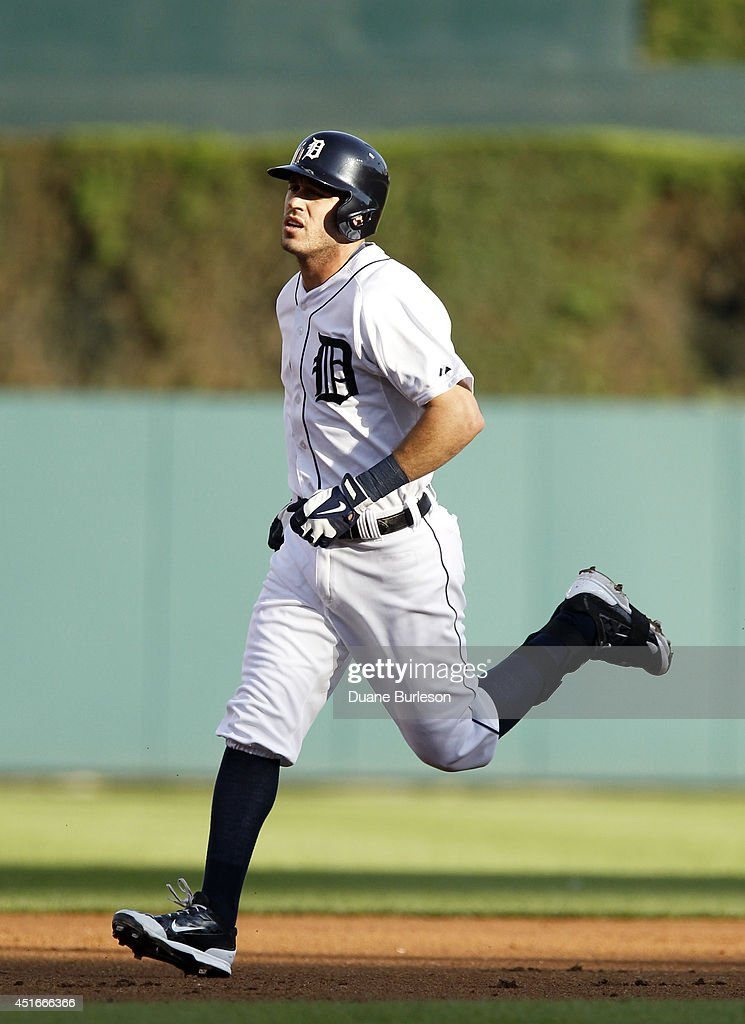 <a gi-track='captionPersonalityLinkClicked' href=/galleries/search?phrase=Ian+Kinsler&family=editorial&specificpeople=538104 ng-click='$event.stopPropagation()'>Ian Kinsler</a> #3 of the Detroit Tigers rounds the bases after hitting a home run against the Tampa Bay Rays during the first inning at Comerica Park on July 3, 2014 in Detroit, Michigan.