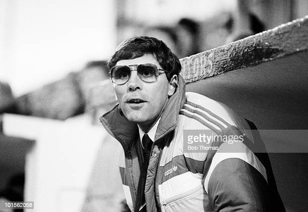Ian Porterfield Aberdeen manager during a Scottish Premier Division match against Motherwell held at Fir Park Stadium Motherwell on 29th November...