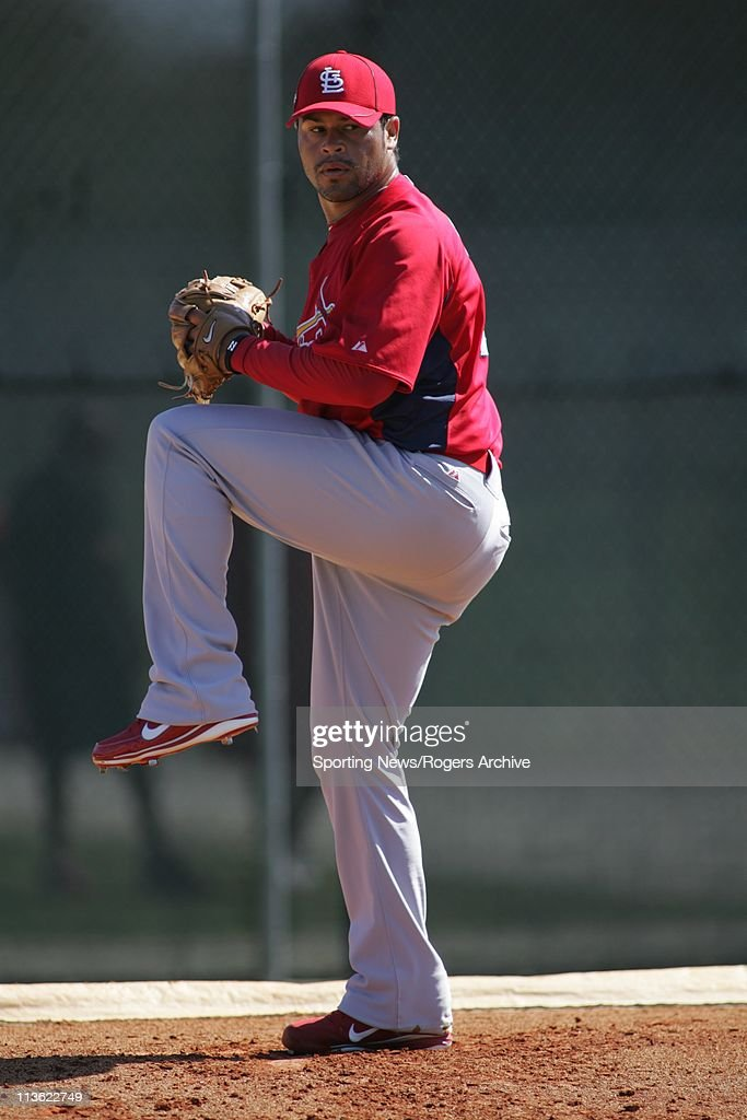 Ian Snell of the St. Louis Cardinals throws the ball in a game against the Florida Marlins at Roger Dean Stadium on March 1, 2011 in Jupiter, Florida.