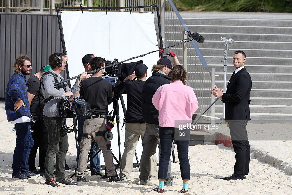 <a gi-track='captionPersonalityLinkClicked' href=/galleries/search?phrase=Ian+Thorpe&family=editorial&specificpeople=162699 ng-click='$event.stopPropagation()'>Ian Thorpe</a> is seen filming an advert for Optus on June 30, 2016 in Sydney, Australia.