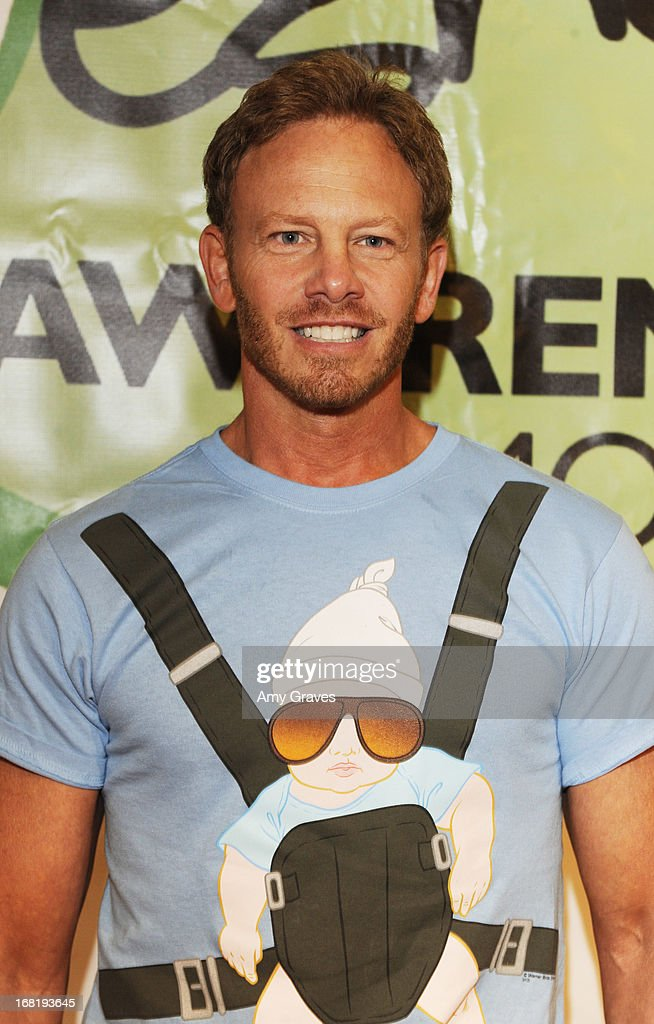 <a gi-track='captionPersonalityLinkClicked' href=/galleries/search?phrase=Ian+Ziering&family=editorial&specificpeople=622264 ng-click='$event.stopPropagation()'>Ian Ziering</a> attends Pregnancy Awareness Month 2013 Kick-Off Event Celebrating Dad's Role in Pregnancy at Bergamot Station on May 5, 2013 in Santa Monica, California.