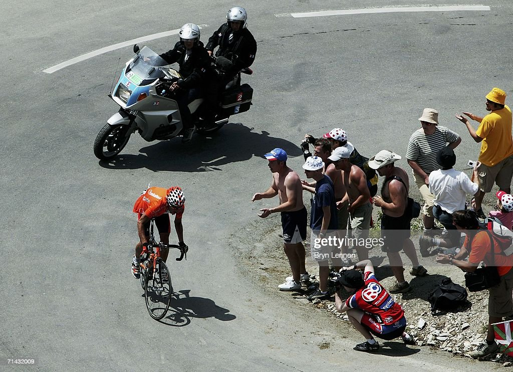 Iban Mayo of Spain and EuskaltelEuskadi struggles to the summit of the Col du Tourmalet before retiring later in the day on stage 11 of the 93rd Tour...
