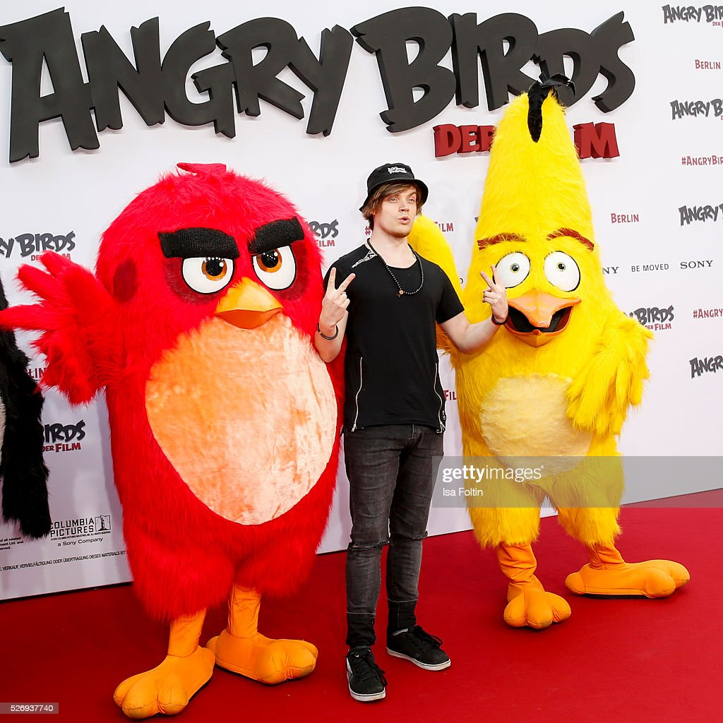 Viktor aka iBlali attends the Berlin premiere of the film 'Angry Birds - Der Film' at CineStar on May 1, 2016 in Berlin, Germany.
