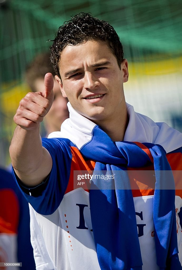 Ibrahim Afellay of the Dutch national football team poses during a training session in Seefeld in Austria on Monday May 24, 2010. The Dutch team is preparing for the FIFA World Cup in South-Africa. AFP PHOTO/ANP/KOEN VAN WEEL -netherlands out - belgium out-