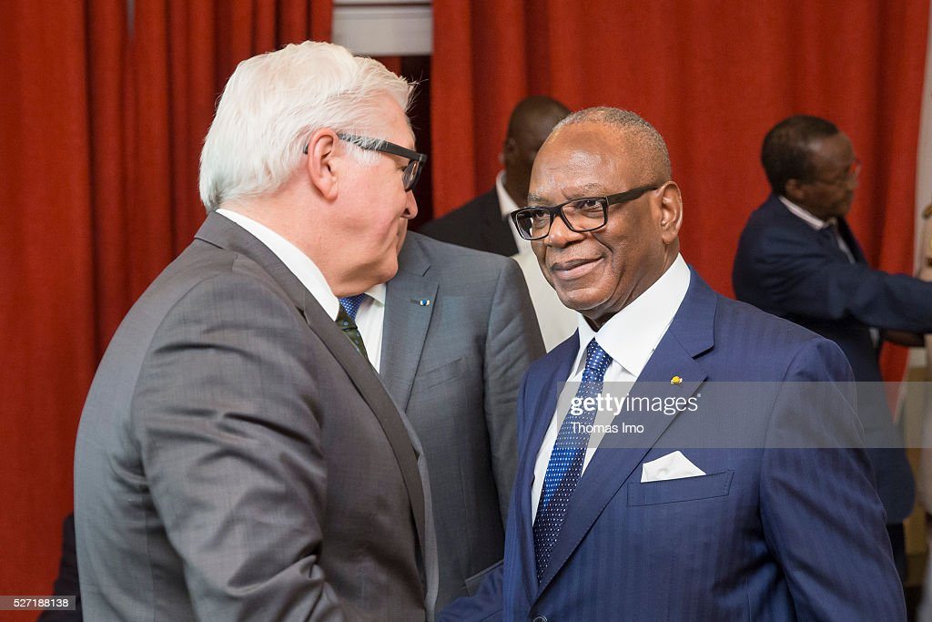 Ibrahim Boubacar Keita (L), President of Mali, welcomes German Foreign Minister Frank-Walter Steinmeier (R) on May 02, 2016 in Bamako, Mali. Steinmeier and Foreign Minister of France Ayrault (not pictured) visit Mali and Niger for political conversations.