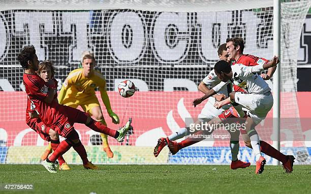 Ibrahim Traore of Gladbach scores his team's third goal during the Bundesliga match between Borussia Moenchengladbach and Bayer 04 Leverkusen at...