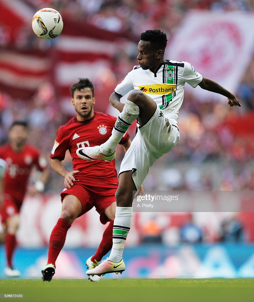 Ibrahima Traore of Borussia Monchengladbach in action during the Bundesliga match between FC Bayern Muenchen and Borussia Moenchengladbach on April 30, 2016 in Munich, Bavaria.