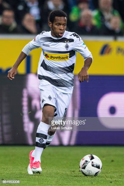 Ibrahima Traore of Moenchengladbach in action during the Bundesliga match between Borussia Moenchengladbach and Hertha BSC at BorussiaPark on April 5...