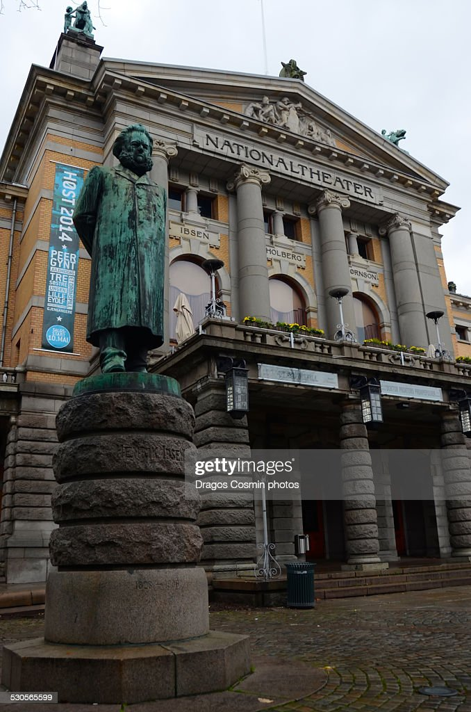 Ibsen statue in front of National theatre, Oslo
