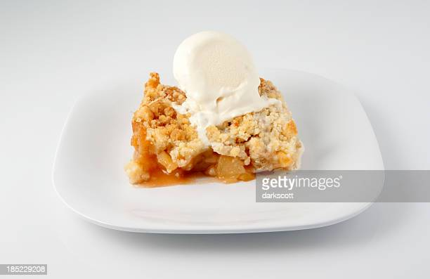 Ice Cream Apple Crisp