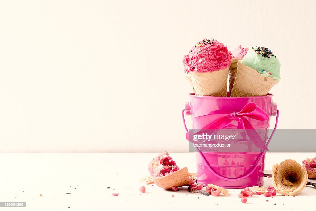 Ice cream in the pink basket : Stock Photo