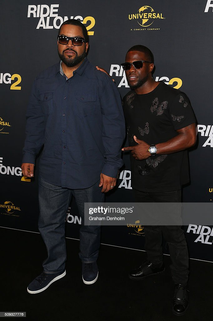 <a gi-track='captionPersonalityLinkClicked' href=/galleries/search?phrase=Ice+Cube+-+Artiest&family=editorial&specificpeople=202098 ng-click='$event.stopPropagation()'>Ice Cube</a> (L) and Kevin Hart arrive ahead of the Ride Along 2 Australian Premiere at Hoyts Melbourne Central on February 10, 2016 in Melbourne, Australia.