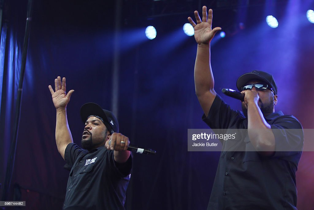 Ice Cube and MC Ren perform during MusicFest NW presents Project Pabst at Tom McCall Waterfront Park on August 27 2016 in Portland Oregon