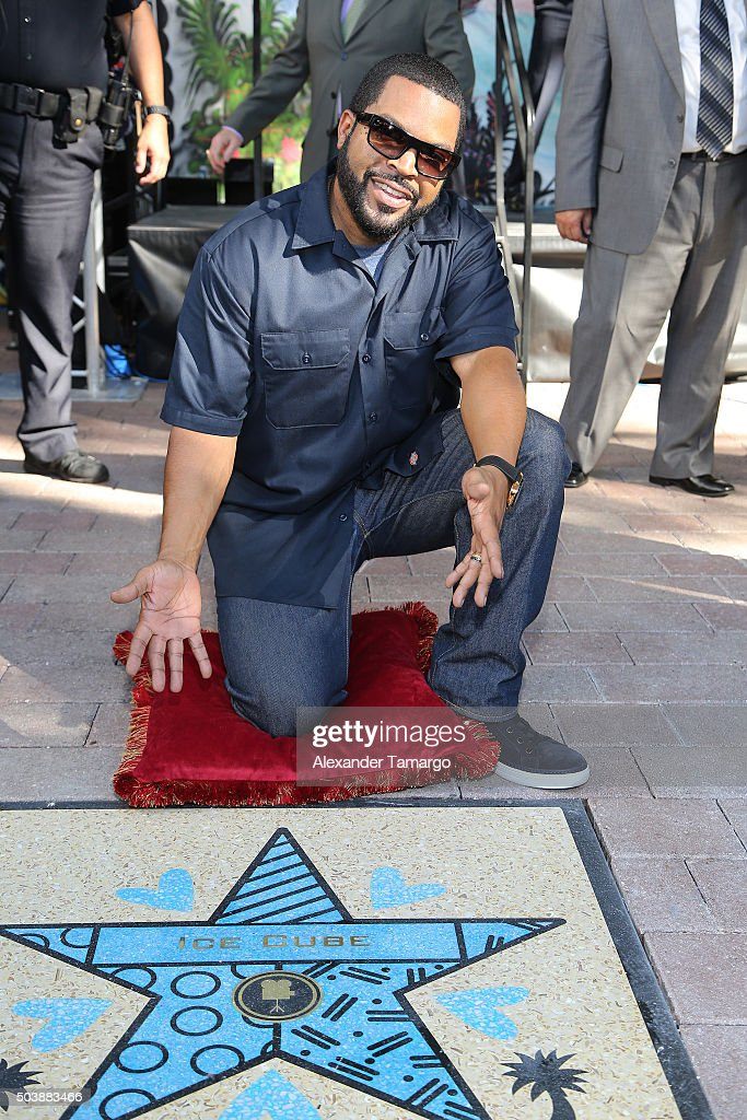 Cast Honored With Stars On The Official Miami Walk Of Fame ...