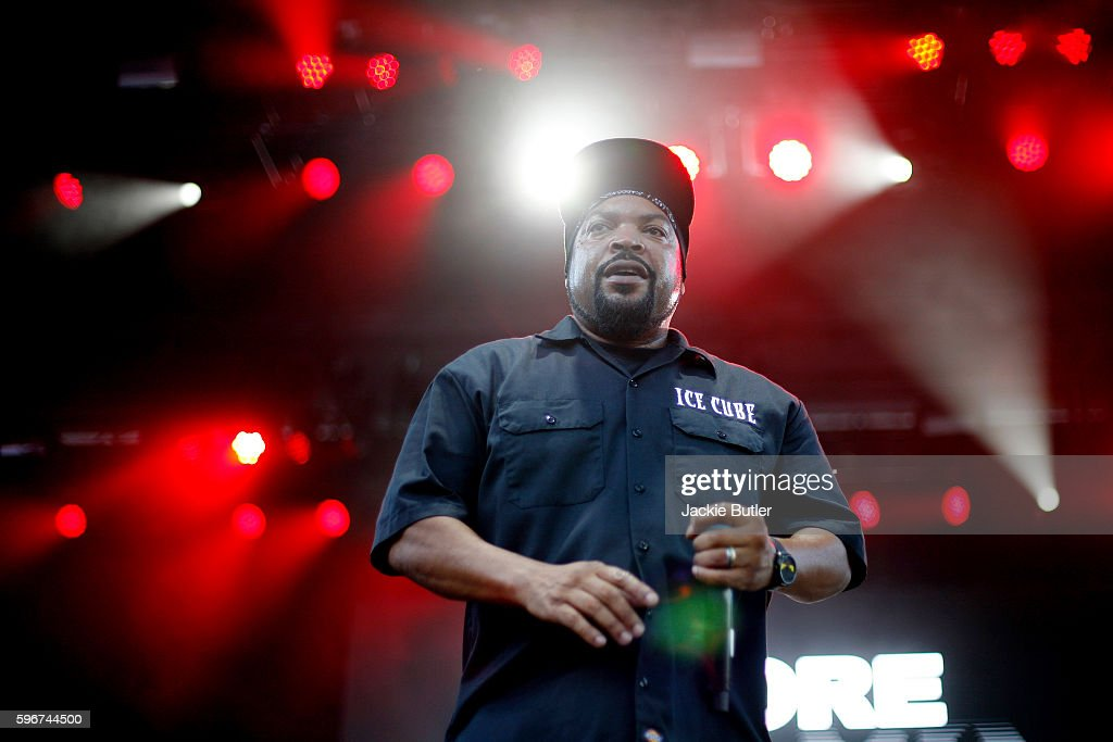 Ice Cube performs during MusicFest NW presents Project Pabst at Tom McCall Waterfront Park on August 27 2016 in Portland Oregon